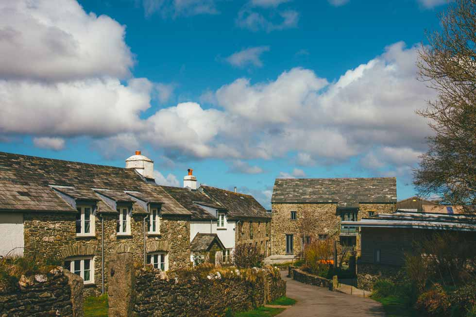 Photo of the main courtyard of Tregulland Retreat